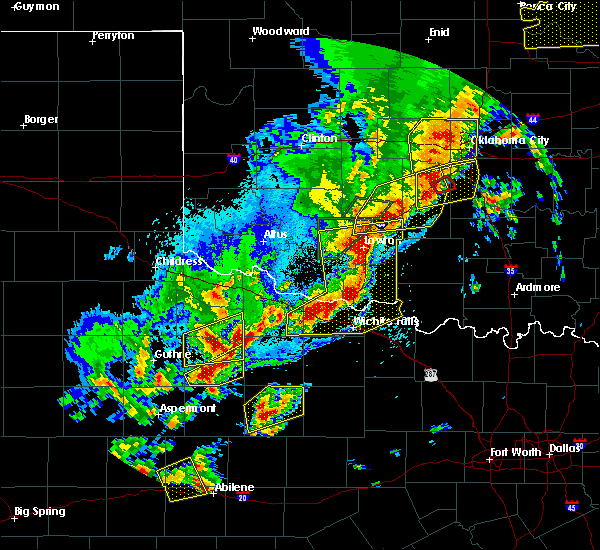 Radar Image for Severe Thunderstorms near Munday, TX at 10/21/2017 8:15 PM CDT