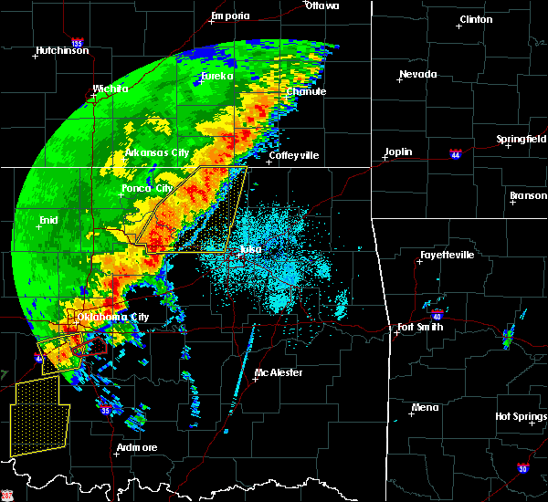 Radar Image for Severe Thunderstorms near Wynona, OK at 10/21/2017 8:49 PM CDT