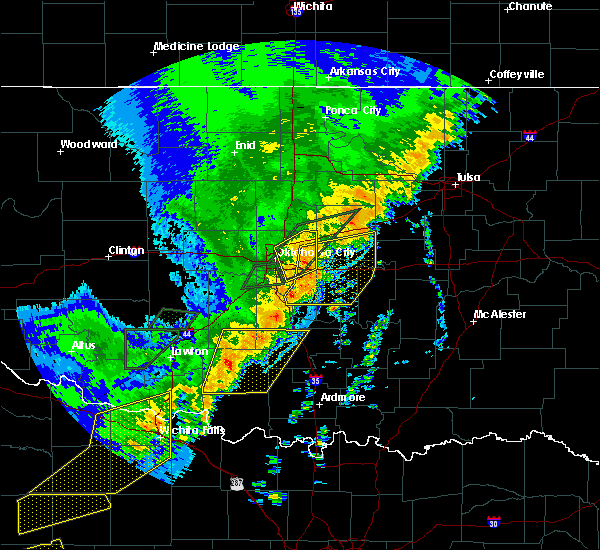 Radar Image for Severe Thunderstorms near Prague, OK at 10/21/2017 9:22 PM CDT