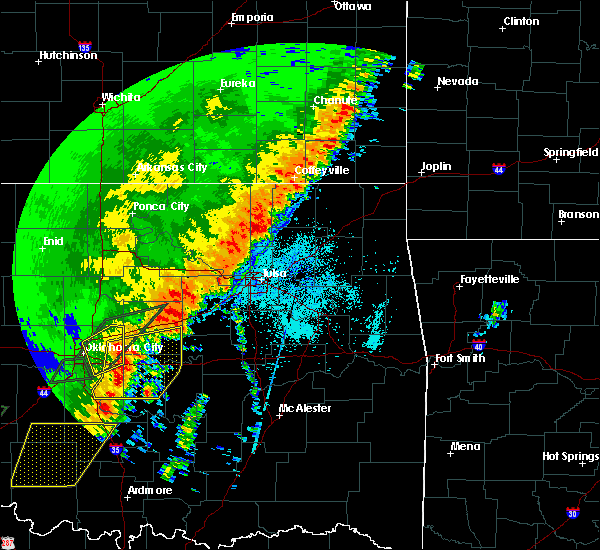Radar Image for Severe Thunderstorms near White Oak, OK at 10/21/2017 9:29 PM CDT