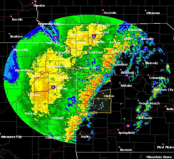 Radar Image for Severe Thunderstorms near La Due, MO at 10/21/2017 10:44 PM CDT