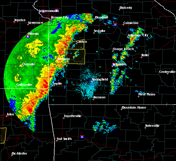 Radar Image for Severe Thunderstorms near Baxter Springs, KS at 10/21/2017 10:54 PM CDT