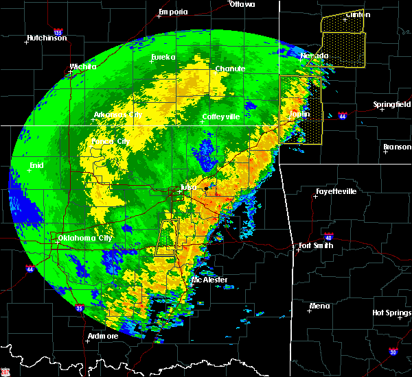 Radar Image for Severe Thunderstorms near Henryetta, OK at 10/21/2017 11:12 PM CDT