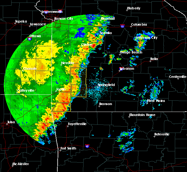 Radar Image for Severe Thunderstorms near Aurora, MO at 10/21/2017 11:57 PM CDT