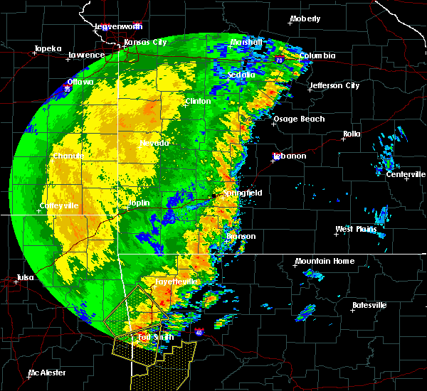 Radar Image for Severe Thunderstorms near Ozark, MO at 10/22/2017 1:16 AM CDT
