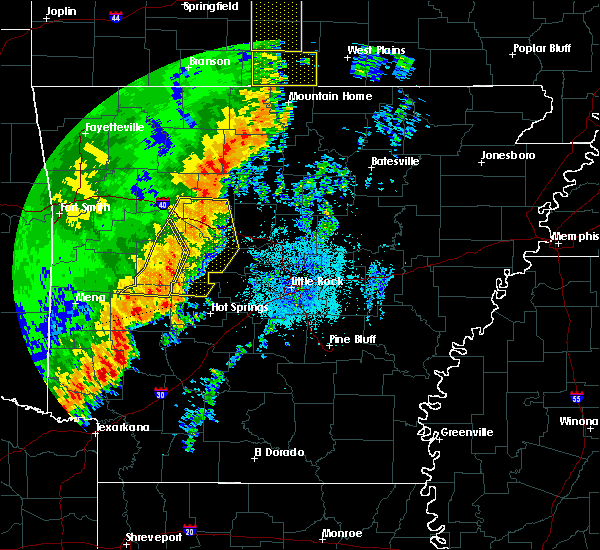 Radar Image for Severe Thunderstorms near Salem, AR at 10/22/2017 2:51 AM CDT