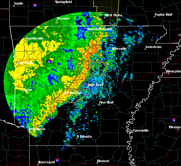 Radar Image for Severe Thunderstorms near Salem, AR at 10/22/2017 3:45 AM CDT