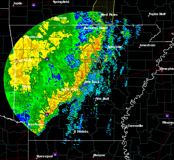 Radar Image for Severe Thunderstorms near Salem, AR at 10/22/2017 3:57 AM CDT
