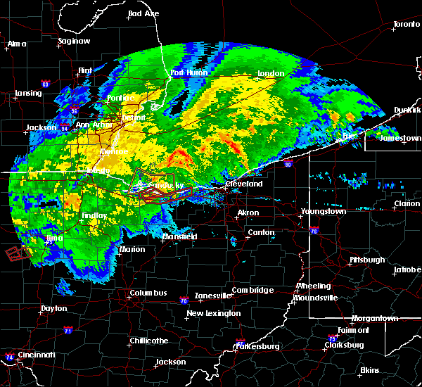 Radar Image for Severe Thunderstorms near Vermilion, OH at 11/5/2017 3:46 PM EDT