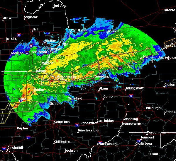 Radar Image for Severe Thunderstorms near McComb, OH at 11/5/2017 5:05 PM EDT