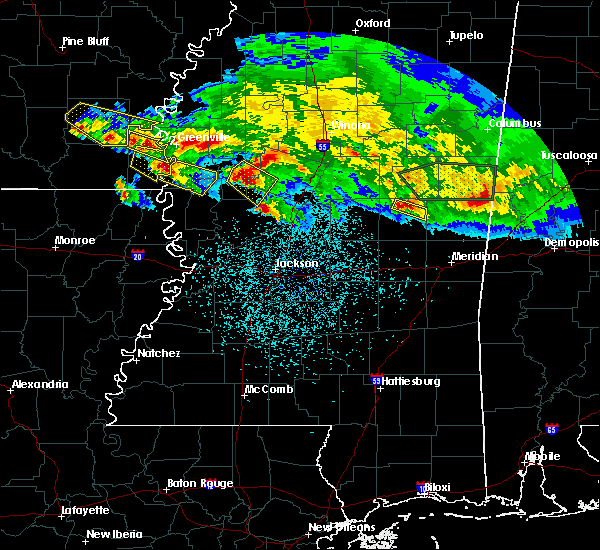 Radar Image for Severe Thunderstorms near Eden, MS at 3/11/2018 12:22 AM CDT