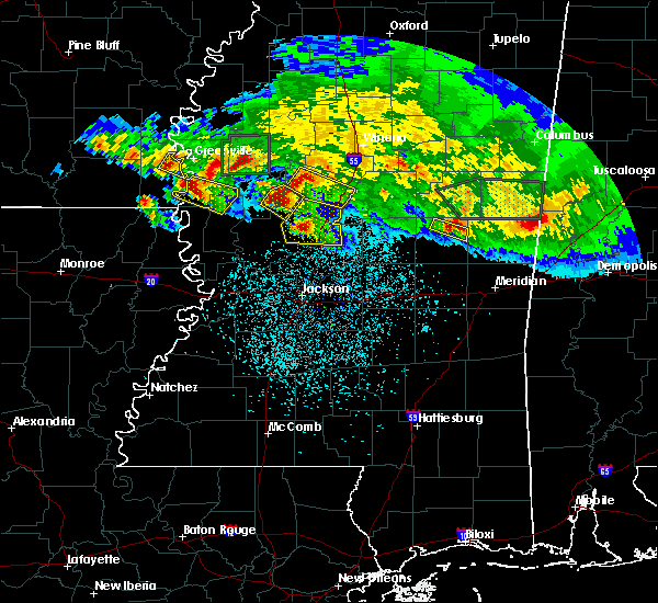 Radar Image for Severe Thunderstorms near Eden, MS at 3/11/2018 12:34 AM CDT
