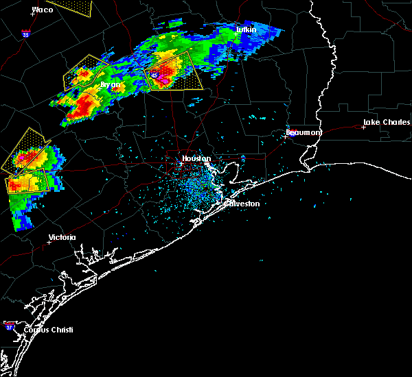 Radar Image for Severe Thunderstorms near Westwood Shores, TX at 3/18/2018 6:33 PM CDT