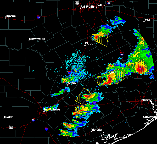 Radar Image for Severe Thunderstorms near Somerville, TX at 3/18/2018 6:54 PM CDT