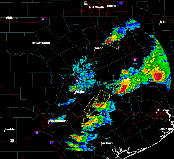 Radar Image for Severe Thunderstorms near Giddings, TX at 3/18/2018 6:57 PM CDT