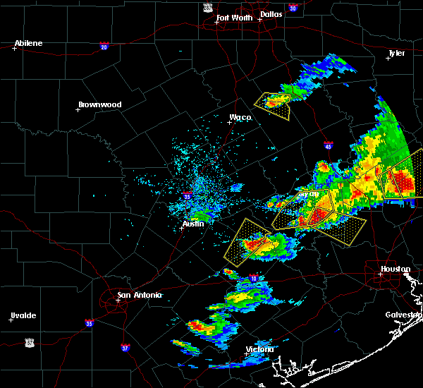Radar Image for Severe Thunderstorms near Giddings, TX at 3/18/2018 7:16 PM CDT