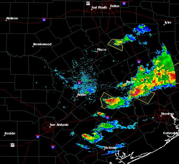 Radar Image for Severe Thunderstorms near Giddings, TX at 3/18/2018 7:25 PM CDT