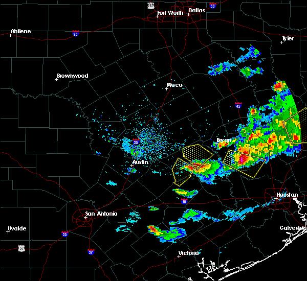 Radar Image for Severe Thunderstorms near Giddings, TX at 3/18/2018 7:40 PM CDT