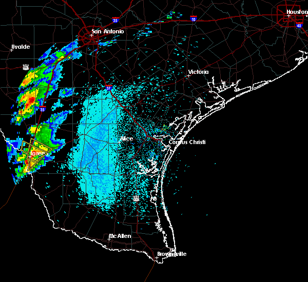 Radar Image for Severe Thunderstorms near Laredo Ranchettes, TX at 3/27/2018 10:45 PM CDT