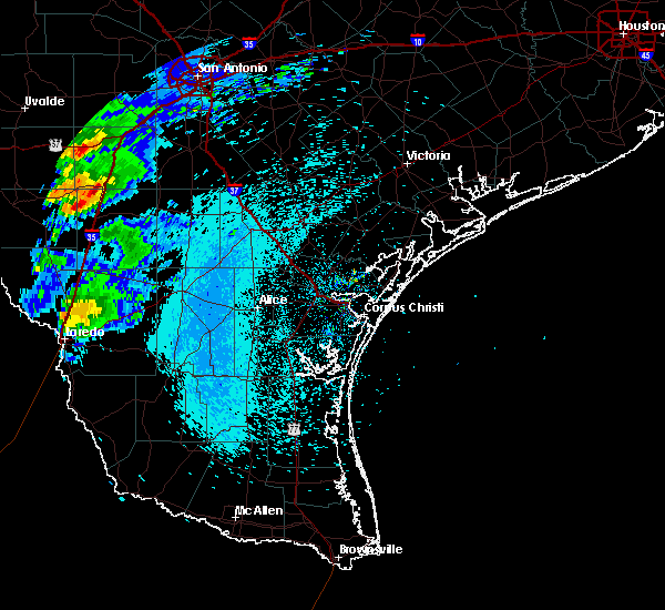Radar Image for Severe Thunderstorms near Laredo Ranchettes, TX at 3/27/2018 11:13 PM CDT