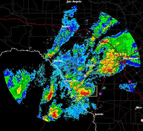 Radar Image for Severe Thunderstorms near Catarina, TX at 3/28/2018 12:37 AM CDT