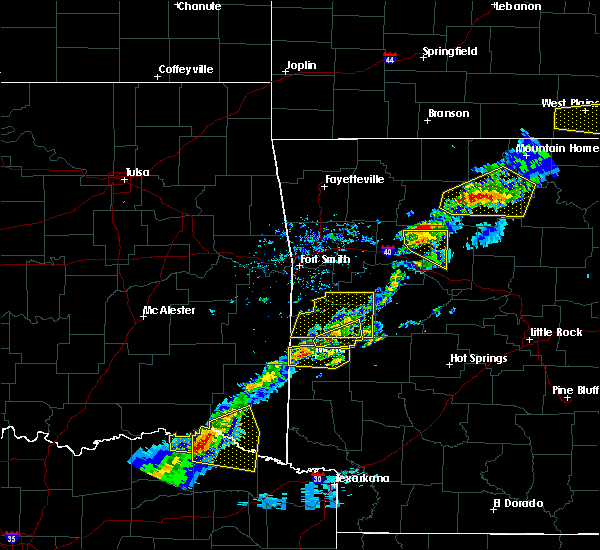 Radar Image for Severe Thunderstorms near Mena, AR at 4/3/2018 3:11 PM CDT