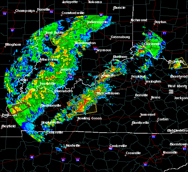 Radar Image for Severe Thunderstorms near Elizabethtown, KY at 4/3/2018 8:08 PM EDT