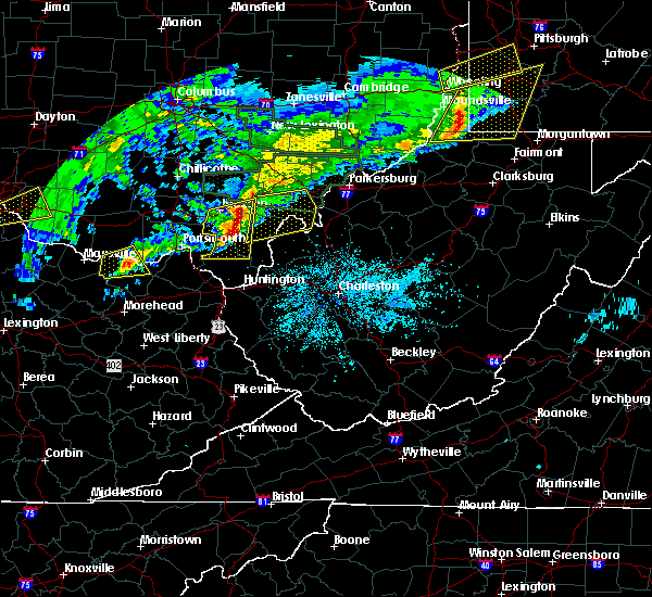 Radar Image for Severe Thunderstorms near Gallipolis, OH at 4/3/2018 8:19 PM EDT