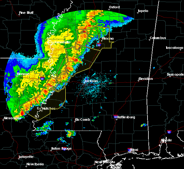 Radar Image for Severe Thunderstorms near Schlater, MS at 4/3/2018 7:53 PM CDT