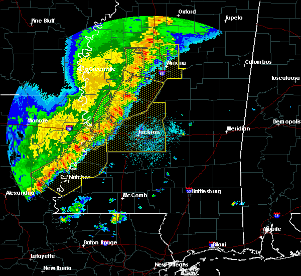 Radar Image for Severe Thunderstorms near Durant, MS at 4/3/2018 8:00 PM CDT