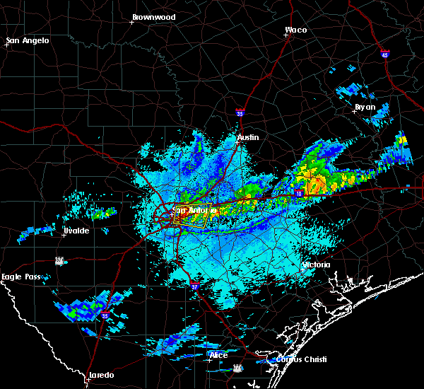 Radar Image for Severe Thunderstorms near Alamo Heights, TX at 4/3/2018 9:16 PM CDT