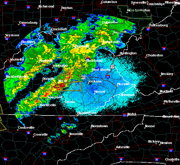 Radar Image for Severe Thunderstorms near Richmond, KY at 4/3/2018 10:40 PM EDT