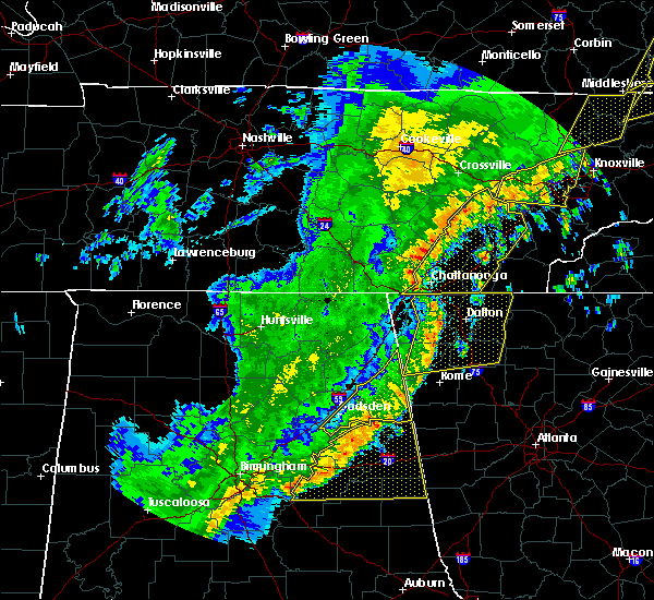 Radar Image for Severe Thunderstorms near Harrison, TN at 4/4/2018 1:24 AM EDT