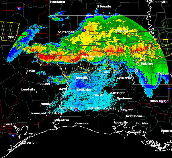 Radar Image for Severe Thunderstorms near Belmont, LA at 4/6/2018 9:00 PM CDT
