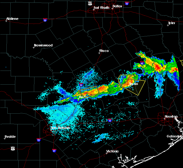 Radar Image for Severe Thunderstorms near Hutto, TX at 4/7/2018 12:03 AM CDT