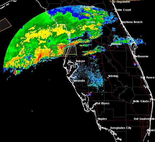 Radar Image for Severe Thunderstorms near Jasmine Estates, FL at 4/10/2018 9:37 AM EDT