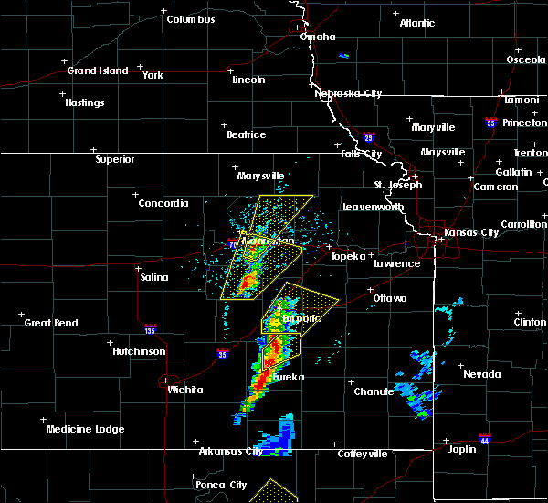 Radar Image for Severe Thunderstorms near Manhattan, KS at 4/13/2018 2:55 PM CDT