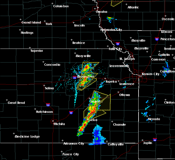 Radar Image for Severe Thunderstorms near Hamilton, KS at 4/13/2018 3:20 PM CDT