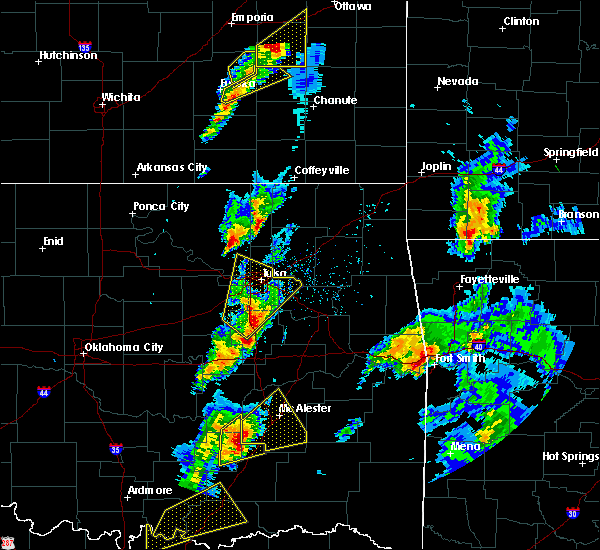 Radar Image for Severe Thunderstorms near Jenks, OK at 4/13/2018 3:44 PM CDT