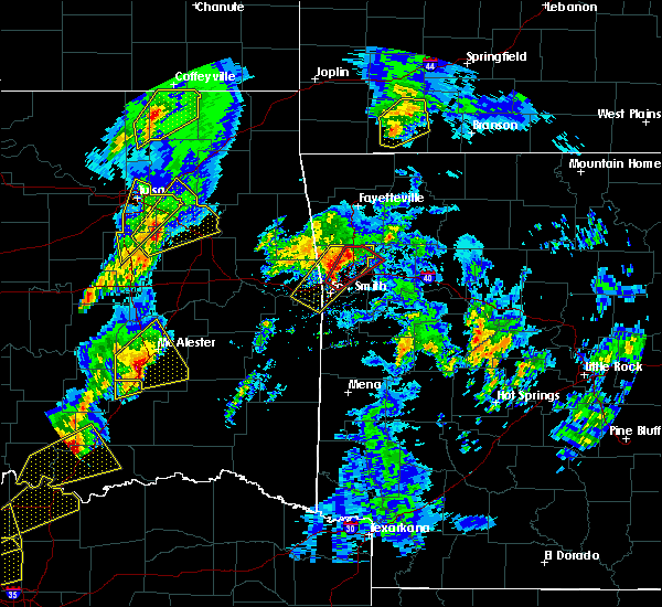 Radar Image for Severe Thunderstorms near Pittsburg, OK at 4/13/2018 4:03 PM CDT