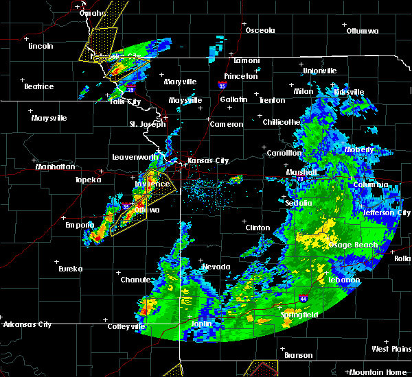 Radar Image for Severe Thunderstorms near Edwardsville, KS at 4/13/2018 5:22 PM CDT