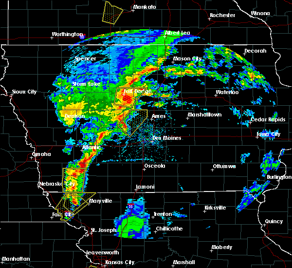 Radar Image for Severe Thunderstorms near Minburn, IA at 4/13/2018 6:57 PM CDT