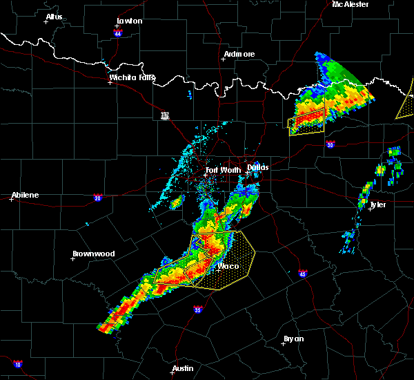Radar Image for Severe Thunderstorms near Gatesville, TX at 4/13/2018 7:25 PM CDT