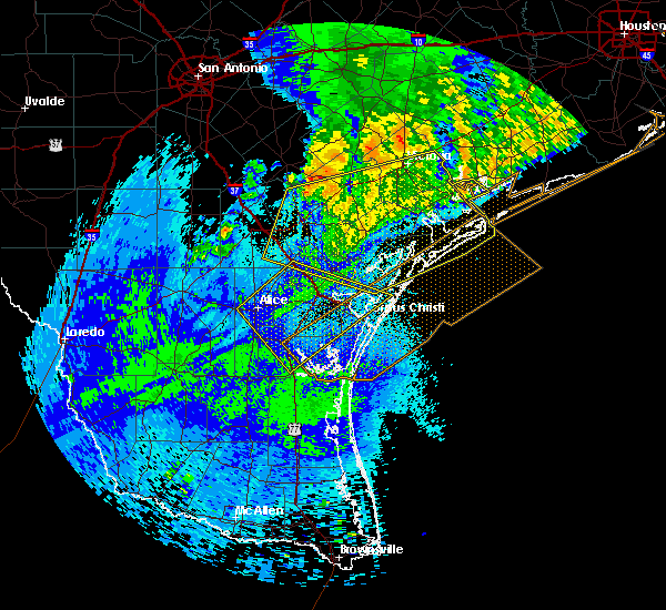 Radar Image for Severe Thunderstorms near Corpus Christi, TX at 4/14/2018 2:15 AM CDT