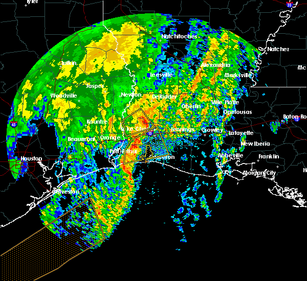 Radar Image for Severe Thunderstorms near Lake Charles, LA at 4/14/2018 5:00 AM CDT