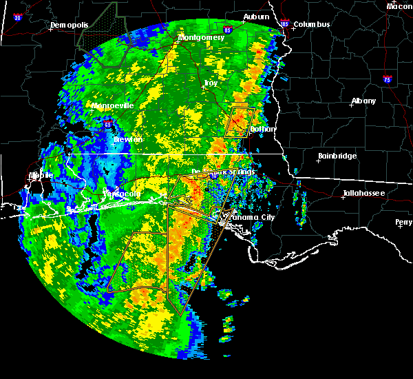 Radar Image for Severe Thunderstorms near Ponce de Leon, FL at 4/15/2018 2:57 AM CDT