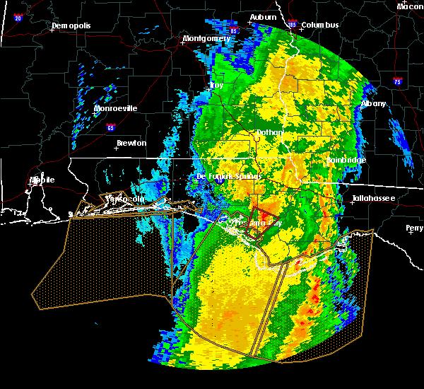 Radar Image for Severe Thunderstorms near Panama City, FL at 4/15/2018 6:39 AM CDT