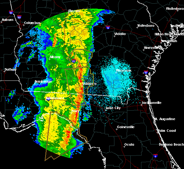 Radar Image for Severe Thunderstorms near Jennings, FL at 4/15/2018 10:13 AM EDT