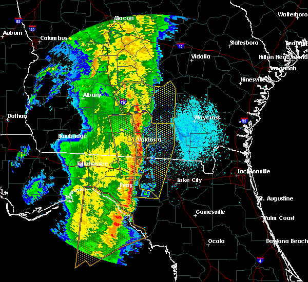 Radar Image for Severe Thunderstorms near Lakeland, GA at 4/15/2018 10:16 AM EDT