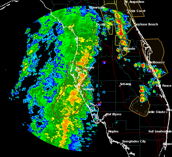 Radar Image for Severe Thunderstorms near Tampa, FL at 4/15/2018 3:32 PM EDT
